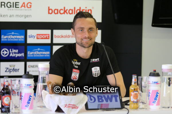 James Holland, LASK, Pressekonferenz